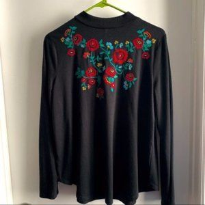 Ann Taylor LOFT Black Embroidered Floral Top